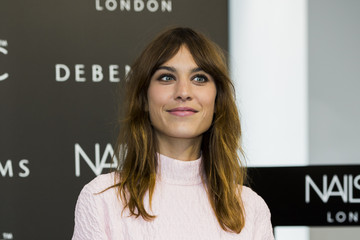 Alexa Chung Alexa Chung Launches Her Manicure Collection