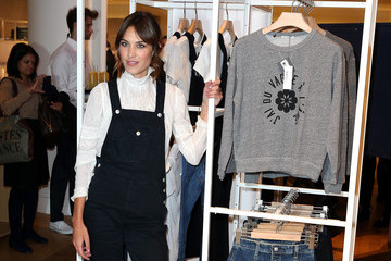 Alexa Chung Alexa Chung Launches Jeans Collection
