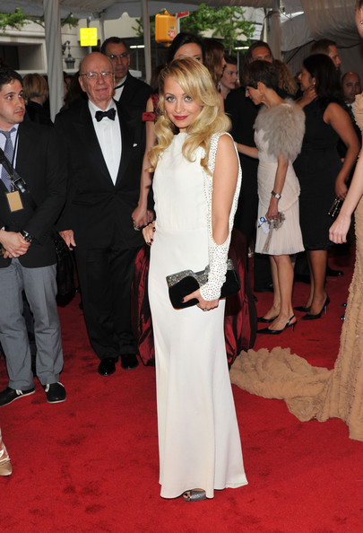 "Nicole Richie attends the ""Alexander McQueen: Savage Beauty"" Costume Institute Gala at The Metropolitan Museum of Art on May 2, 2011 in New York City."