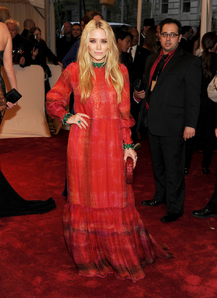 "Actress Mary-Kate Olsen attends the ""Alexander McQueen: Savage Beauty"" Costume Institute Gala at The Metropolitan Museum of Art on May 2, 2011 in New York City."