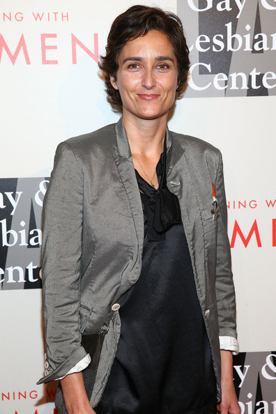 The L.A. Gay & Lesbian Center's 2014 An Evening With Women (AEWW) - Arrivals - 2 of 5(Alexandra Hedison)