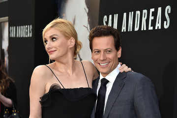 Alice Evans Premiere Of Warner Bros.' 'San Andreas' - Red Carpet
