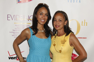 """Alicia Bythewood Evidence, A Dance Company Hosts 10th Annual """"On Our Toes"""" In The Hamptons Summer Benefit"""