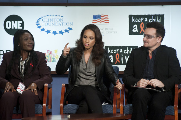ONE And (RED) Campaigns Hold 2011 World AIDS Day Discussion