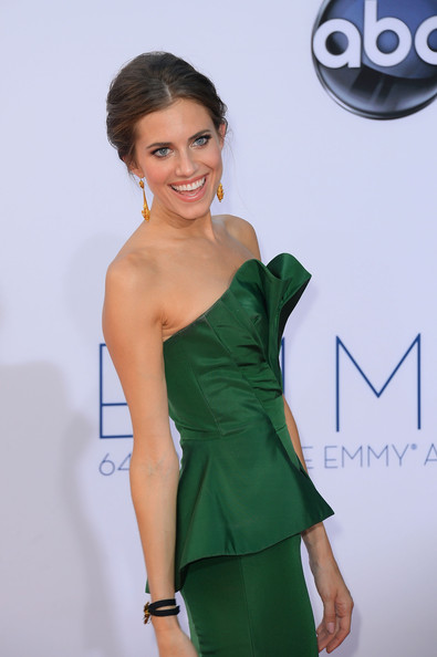Allison Williams - 64th Annual Primetime Emmy Awards - Arrivals