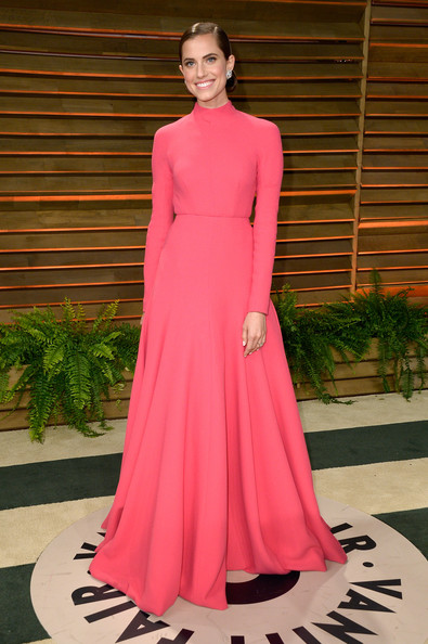 Allison Williams - Stars at the Vanity Fair Oscar Party