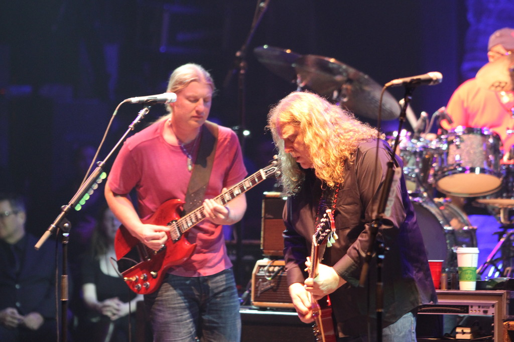 Derek trucks photos photos allman brothers band in concert zimbio
