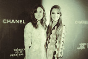 Keira Knightley Hailee Steinfeld Photos Photo