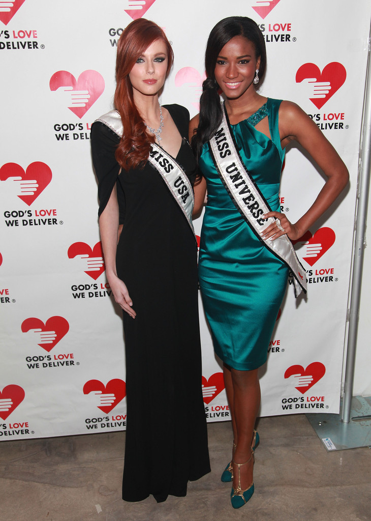 alyssa campanella, miss usa 2011. - Página 5 Alyssa+Campanella+2011+Golden+Heart+Awards+WBnVAkvO2tYx