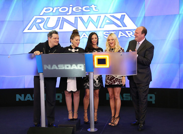 'Project Runway All Stars' Ring the Closing Bell [isaac mizrahi,alyssa milano,david wicks,the nasdaq closing bell,fashion designer,co-founder,senior fashion editor,project runway all stars,rings,fashion label,event,product,award,technology,media,company,stage equipment,gadget,world,competition]