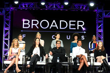 Alyssa Milano 2019 Winter TCA Tour - Day 13