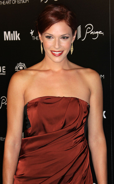 Amanda Righetti Hair