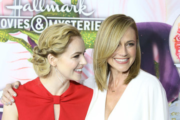 Amanda Schull Hallmark Channel and Hallmark Movies and Mysteries Winter 2018 TCA Press Tour - Arrivals