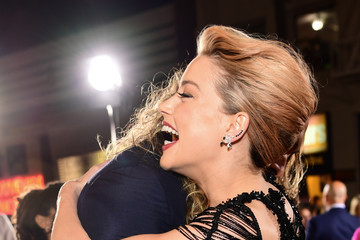 """Amber Heard Jason Momoa Premiere Of Warner Bros. Pictures' """"Justice League"""" - Red Carpet"""