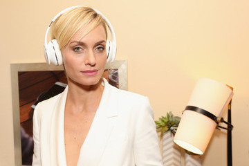 Amber Valletta Behind The Scenes Of The Getty Images Portrait Studio Powered By Samsung Galaxy At 2015 Summer TCA's
