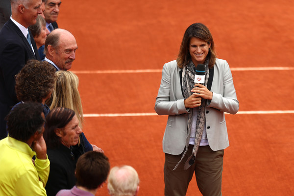 AMÉLIE MAURESMO - Página 3 Amelie+Mauresmo+2016+French+Open+Day+Fourteen+tkAqP1LyqH7l