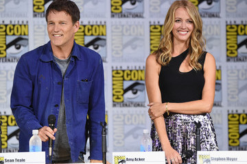 Amy Acker Comic-Con International 2017 - 'The Gifted' Extended Sneak Peek