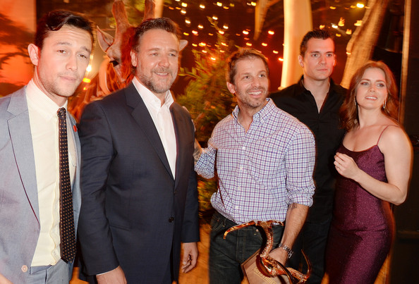 Behind the Scenes at Spike TV's 'Guys Choice' [event,fun,suit,formal wear,smile,party,family pictures,russell crowe,zack snyder,joseph gordon-levitt,henry cavill,amy adams,audience,guys choice 2013,l-r,backstage,spike tv]