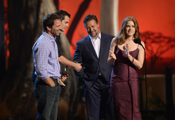 Spike TV's 'Guys Choice' Show [event,performance,yellow,stage,performing arts,fun,talent show,singing,heater,conversation,zack snyder,actors,russell crowe,henry cavill,amy adams,l-r,spike tv,sony pictures studios,guys choice 2013,show]
