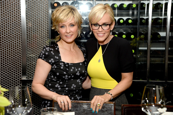 Amy Carlson Photos Photos Pre Mother S Day Dinner Zimbio