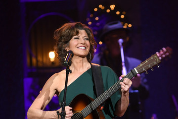Amy Grant 2018 Pictures, Photos