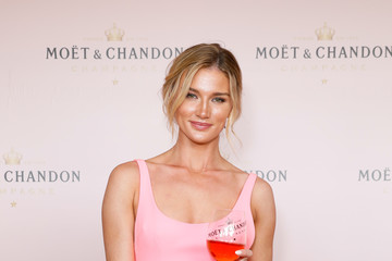 Amy Pejkovic Celebrities Attend Moet & Chandon Spring Champion Stakes Day
