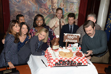 Amy Poehler Nick Offerman 'Parks and Rec' Celebrates Its 100th Episode — Part 2