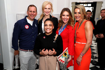 Amy Purdy Globes Weekend Gets Sporty With Athletic Royalty