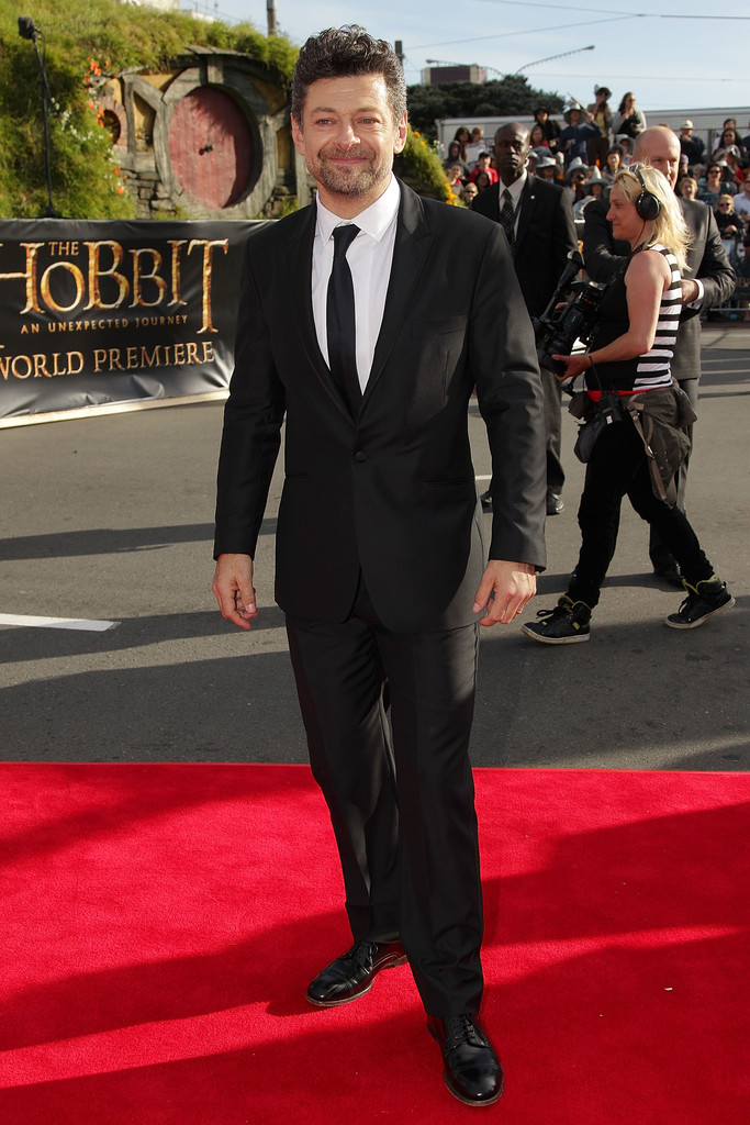 http://www3.pictures.zimbio.com/gi/Andy+Serkis+Hobbit+Unexpected+Journey+World+J8pPs7Go4kRx.jpg