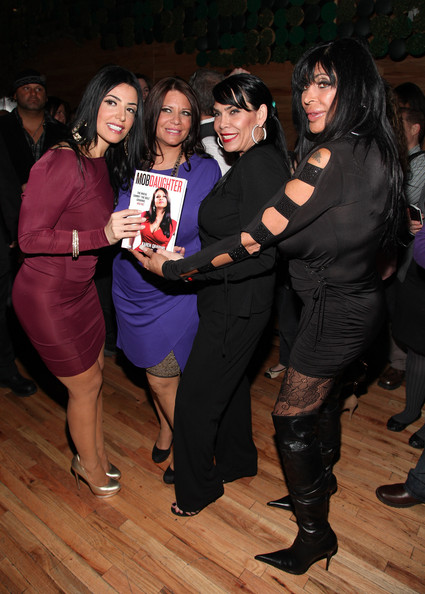 Karen Hill Mob Wife http://www.zimbio.com/pictures/EcI9WyqocdH/Karen+Gravano+Mob+Daughter+Book+Release+Party/9aAwv5jciZR/Angelina+Raiola