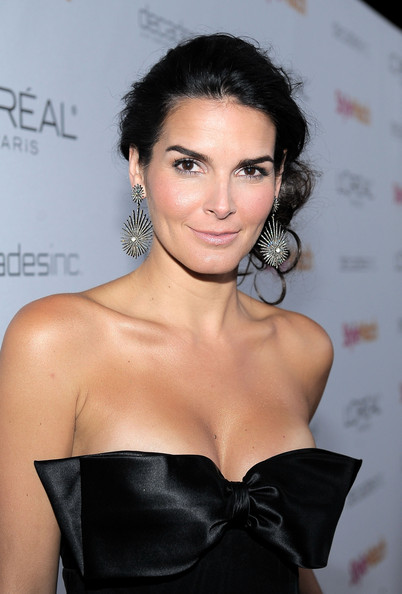 -| [27/01/2011] People StyleWatch Angie+Harmon+People+StyleWatch+Hosts+Night+2QT9zZOh0_9l