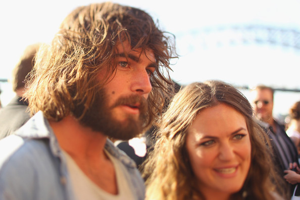 Angus Stone and Julia Stone