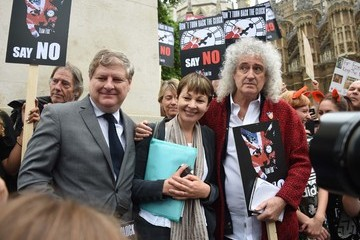 Angus Robertson Brian May Leads Anti-Fox Hunting Rally
