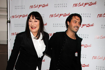 "Anjelica Huston ""I'll Eat You Last"" Opening Night"