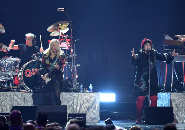 2019 iHeartRadio Music Festival And Daytime Stage [heart,performance,entertainment,concert,stage,performing arts,musician,music,event,music artist,drums,ann wilson,nancy wilson,l-r,las vegas,nevada,t-mobile arena,iheartradio music festival and daytime stage]