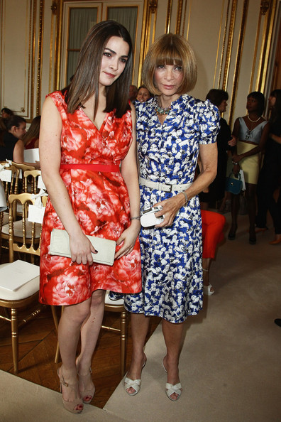 Anna Wintour Anna Wintour and her daughter Bee Shaffer attend the Giambattista Valli Haute-Couture Show as part of Paris Fashion Week Fall / Winter 2013 on July 2, 2012 in Paris, France.