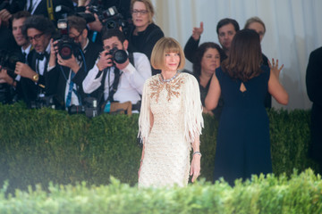 Anna Wintour 'Manus x Machina: Fashion In An Age of Technology' Costume Institute Gala - Outside Arrivals