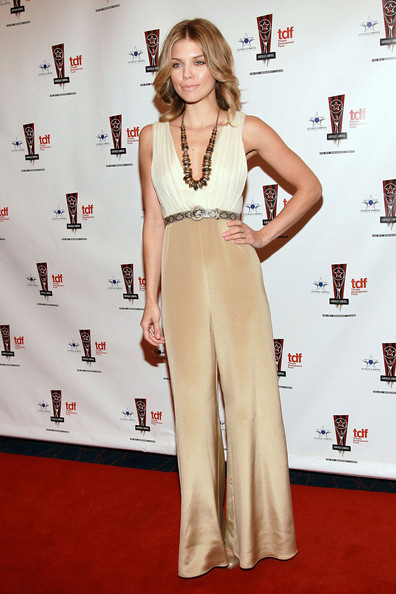 http://www3.pictures.zimbio.com/gi/AnnaLynne+McCord+26th+Annual+Lucille+Lortel+ikZ-2bz6uncl.jpg