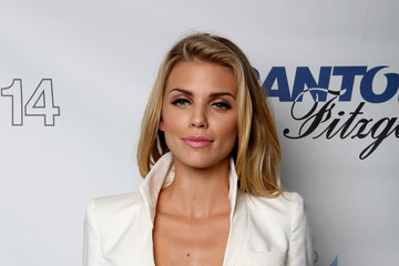 AnnaLynne McCord Annual Charity Day Hosted By Cantor Fitzgerald And BGC - Cantor Fitzgerald Office - Arrivals