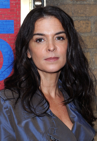 annabella piugattuk dating See all annabella sciorra's marriages, divorces, hookups, break ups, affairs, and dating relationships plus celebrity photos, latest annabella sciorra.