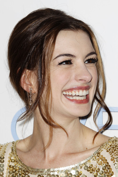 anne hathaway love other drugs. quot;Love amp; Other Drugsquot; Premieres