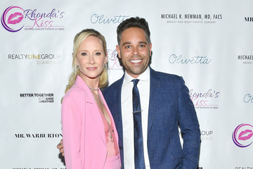 Anne Heche Mr. Warburton Presents Kiss The Stars Breast Cancer Awareness Cocktail Hour Hosted By Anne Heche