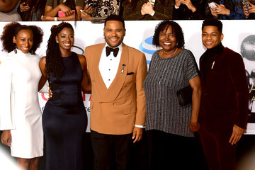 Anthony Anderson Kyra Anderson 48th NAACP Image Awards - Arrivals