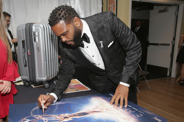 Anthony Anderson Backstage Creations Giving Suite At The 70th Emmy Awards - Day 2