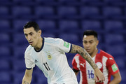 Angel Di Maria of Argentina controls the ball during a match between Argentina and Paraguay as part of South American Qualifiers for Qatar 2022 at Estadio Alberto J. Armando on November 12, 2020 in Buenos Aires, Argentina.