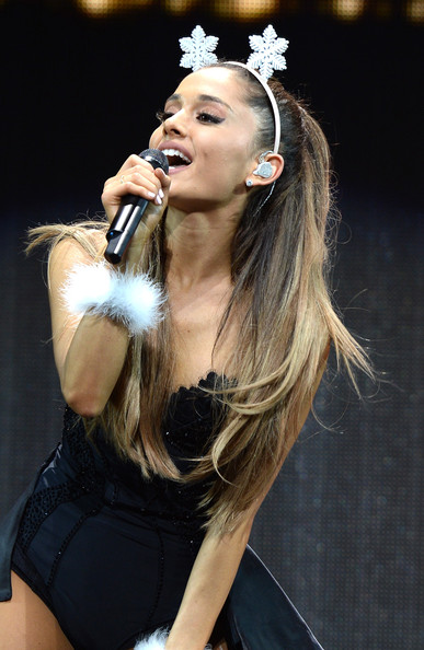 Y100's Jingle Ball Show [hair,singer,performance,singing,music artist,hairstyle,lady,beauty,performing arts,pop music,ariana grande,miami,fl,bb t center,y100,jingle ball 2014 - show]