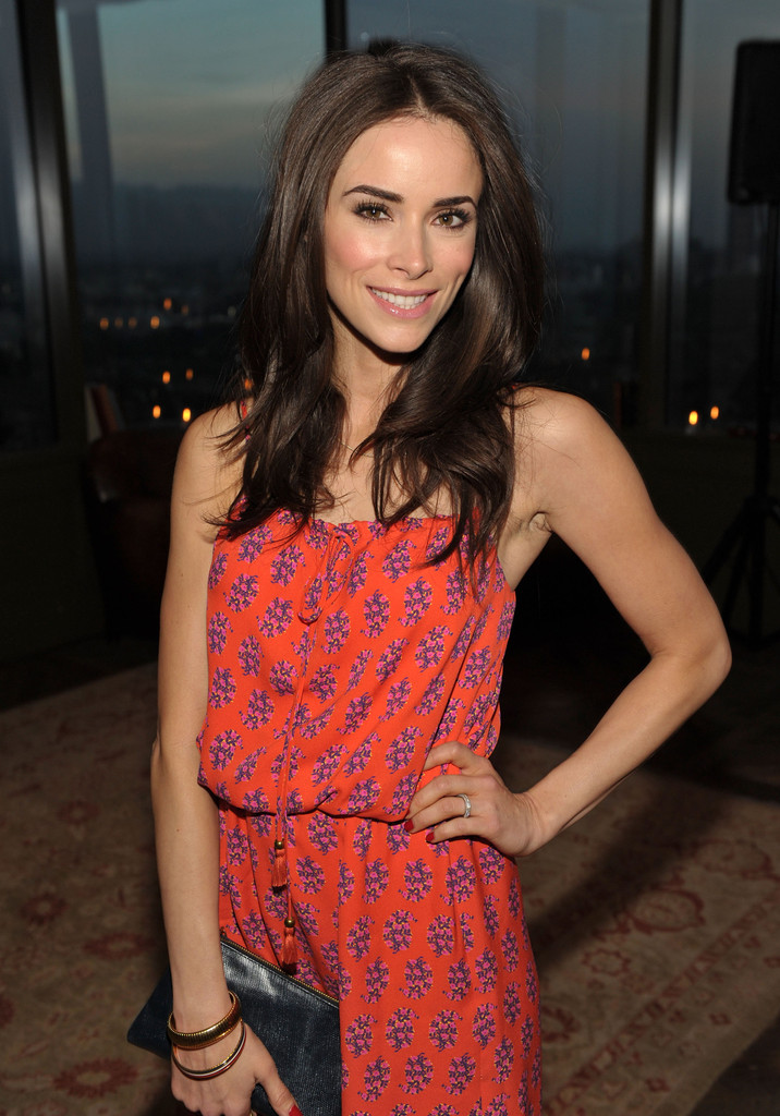Abigail Spencer In Ariel Foxman Editor Of Instyle And The Council Of Fashion Designers Of