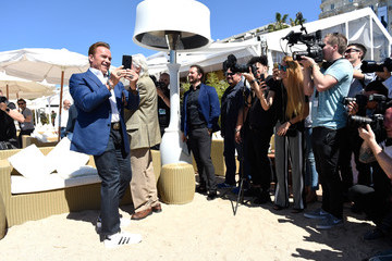 Arnold Schwarzenegger Arnold Schwarzenegger and Jean-Michel Cousteau Photocall for 'Wonders of the Sea 3D'