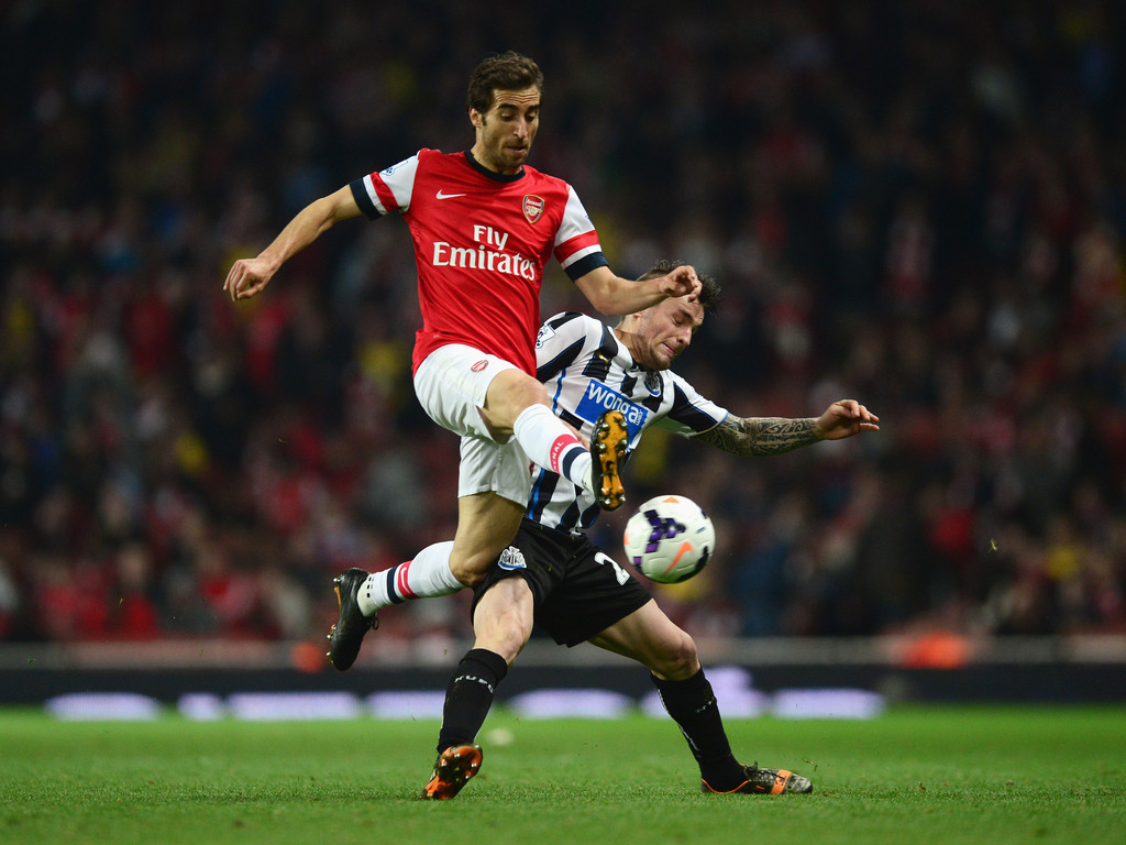 Arsenal Vs Newcastle: Mathieu Debuchy Photos Photos