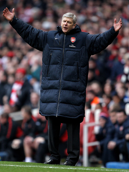 Arsene Wenger Manager Arsene Wenger shows his frustration during the Barclays Premier League match between Arsenal and Sunderland at Emirates Stadium on March 5, 2011 in London, England.